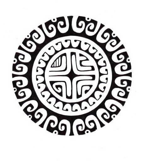 dessin-modele-motif-tatouage-soleil-polynesien